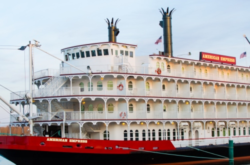 American Empress (photo courtesy of American Queen Steamboat Company)