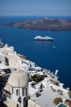 low_Santorini_Fira_018